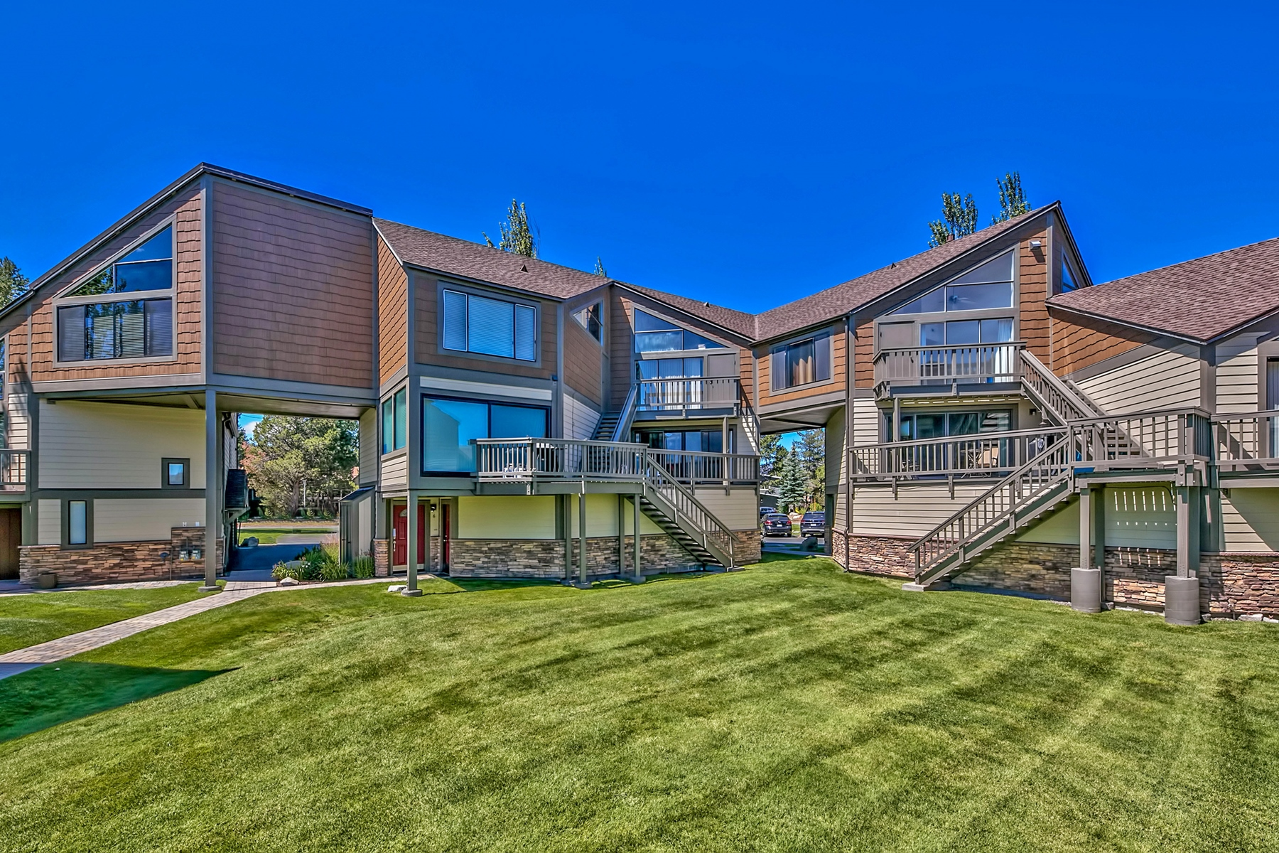 Townhouse/Row House for sale in 555 Tahoe Keys Boulevard #7, South Lake Tahoe, California ,96150