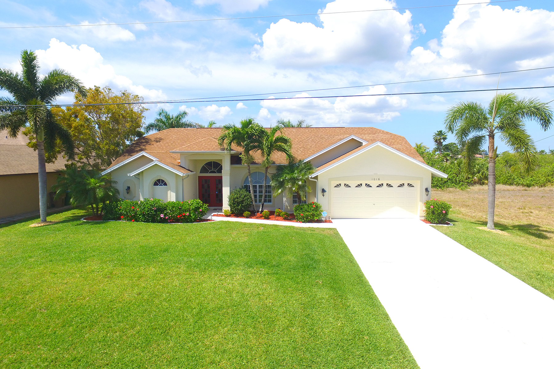 Single Family Home for sale in 1016 NW 36th Ave, Cape Coral, Florida ,33993