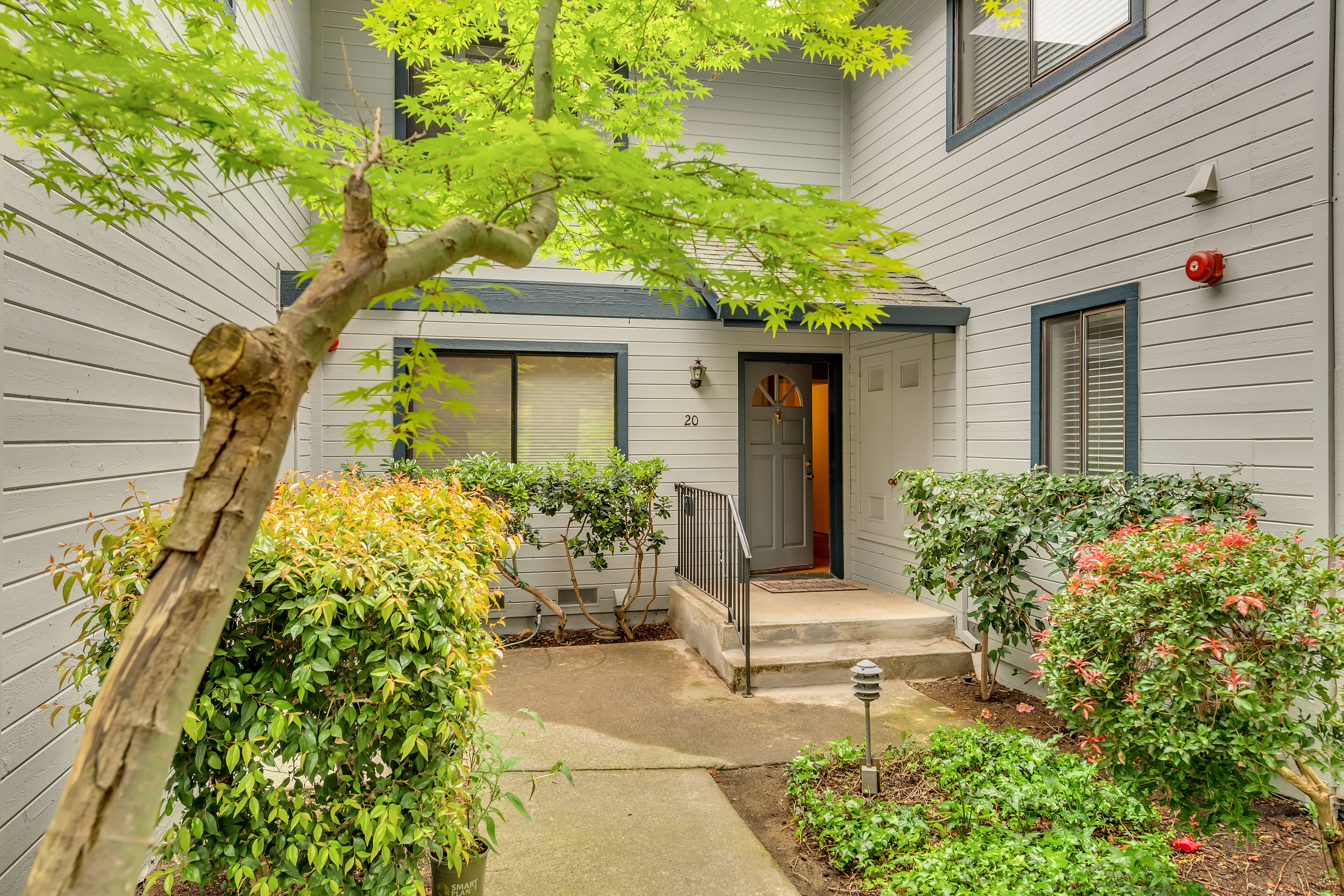 Townhouse/Row House for sale in 20 Village Parkway, Napa, California ,94558
