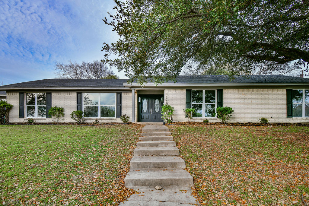 Single Family Home for sale in 1117 Western Oaks, Woodway, Texas ,76712