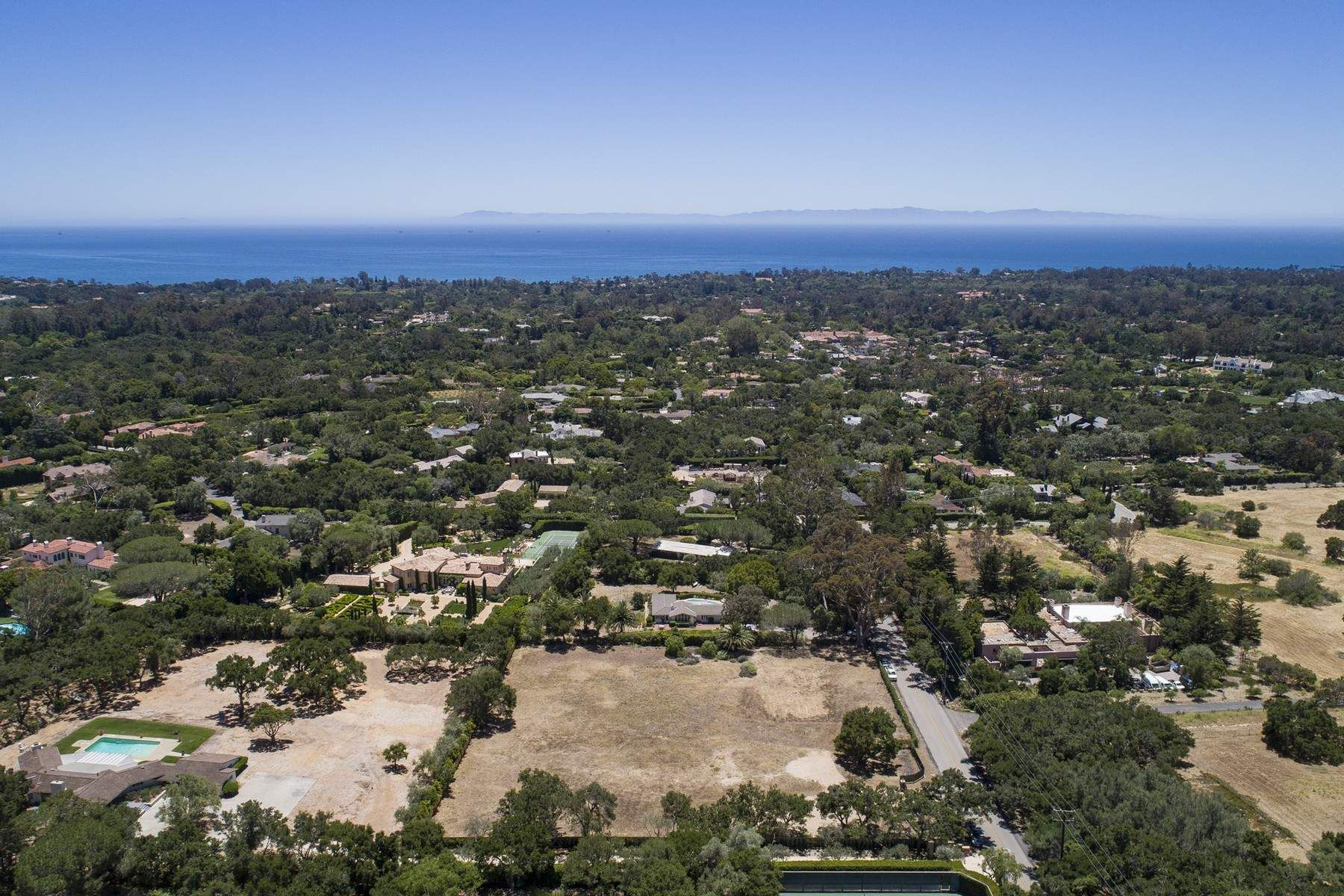 Land for sale in 850 San Ysidro Road, Montecito, California ,93108