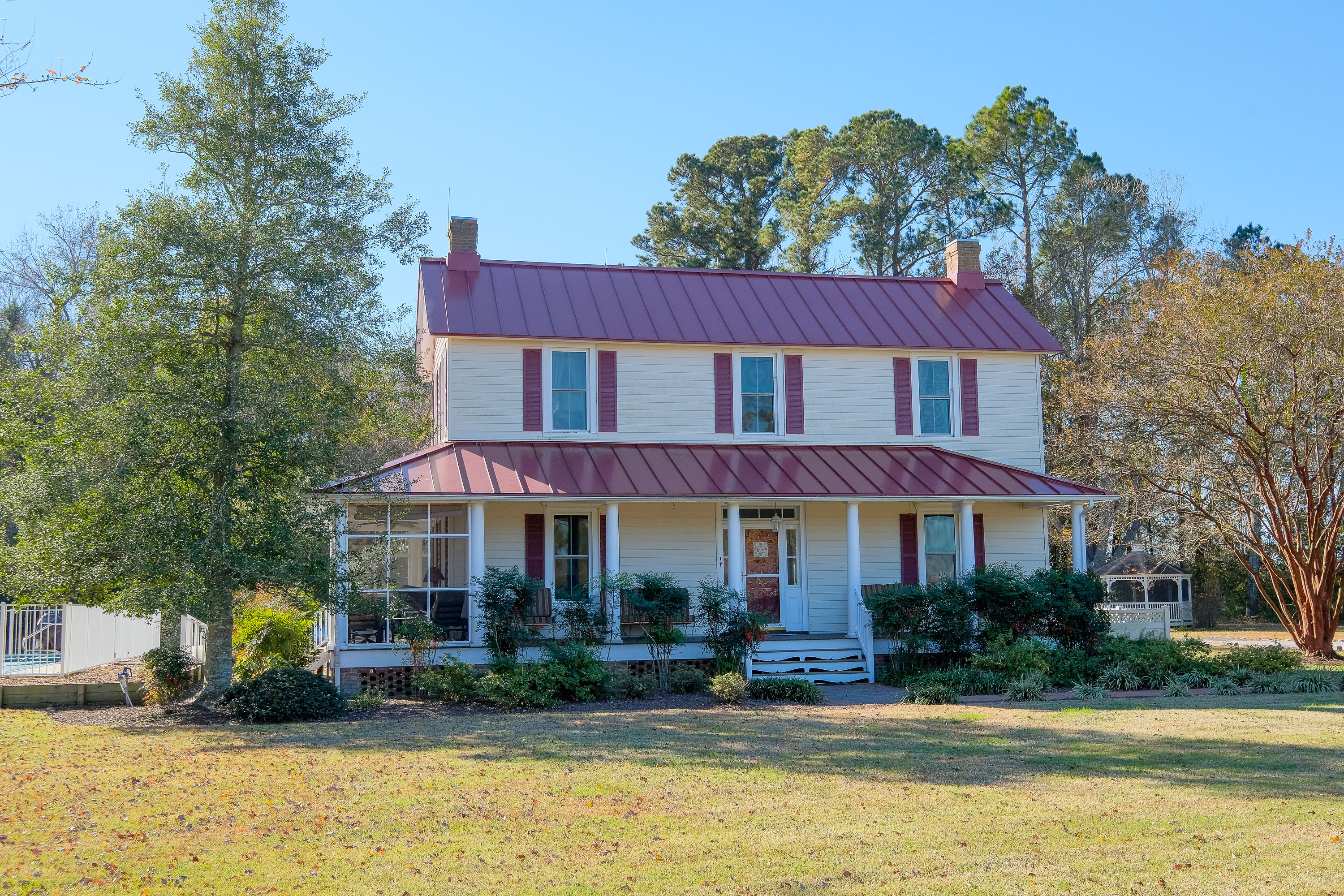 Single Family Home for sale in 502 Yeopim Rd, Edenton, NC ,27932