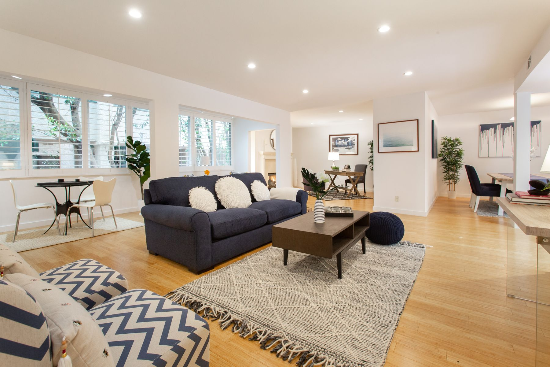 Condominium for sale in 516 San Vicente Blvd #103, Santa Monica, California ,90402