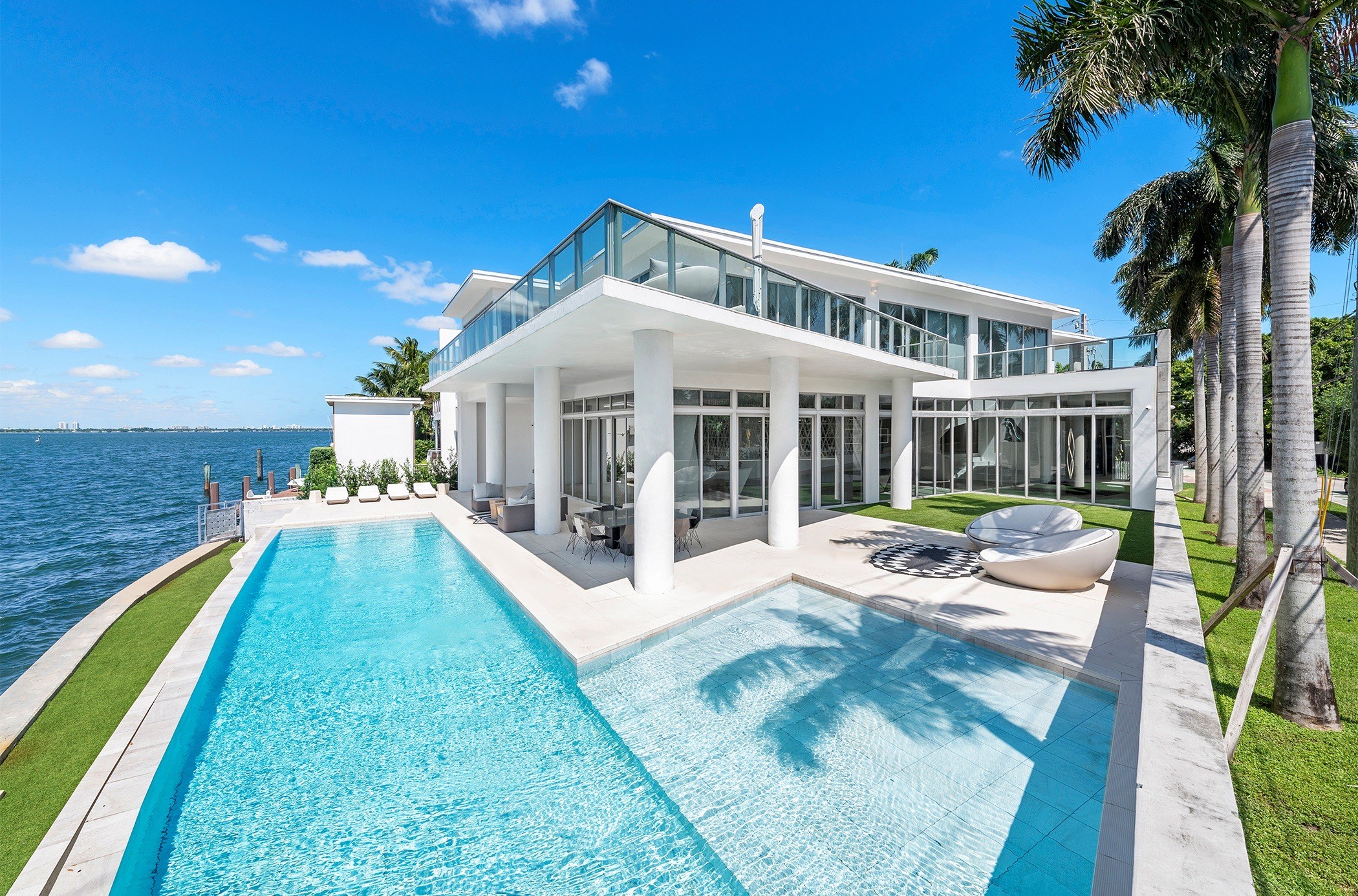 Single Family Home for sale in 1201 N Venetian Way, Miami, Florida ,33139