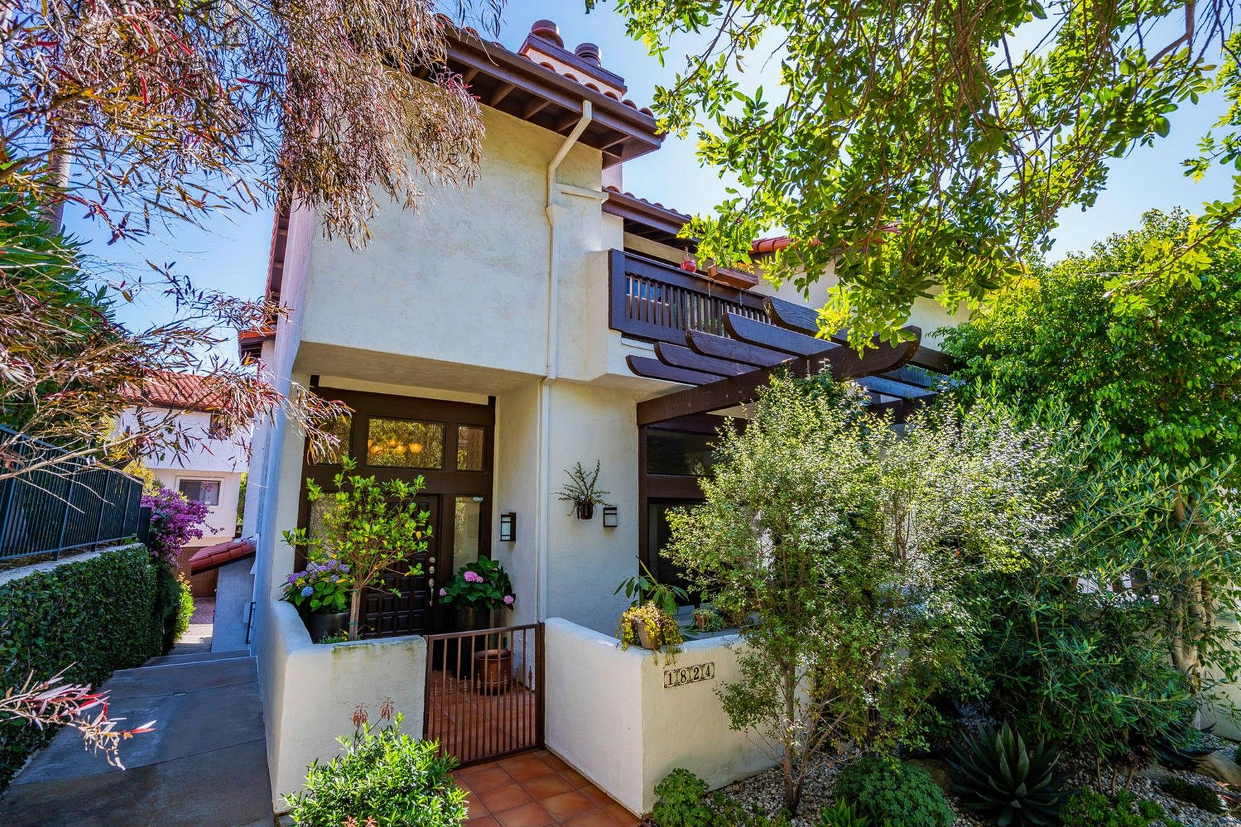 Townhouse/Row House for sale in 1824 Palisades Dr, Pacific Palisades, California ,90272