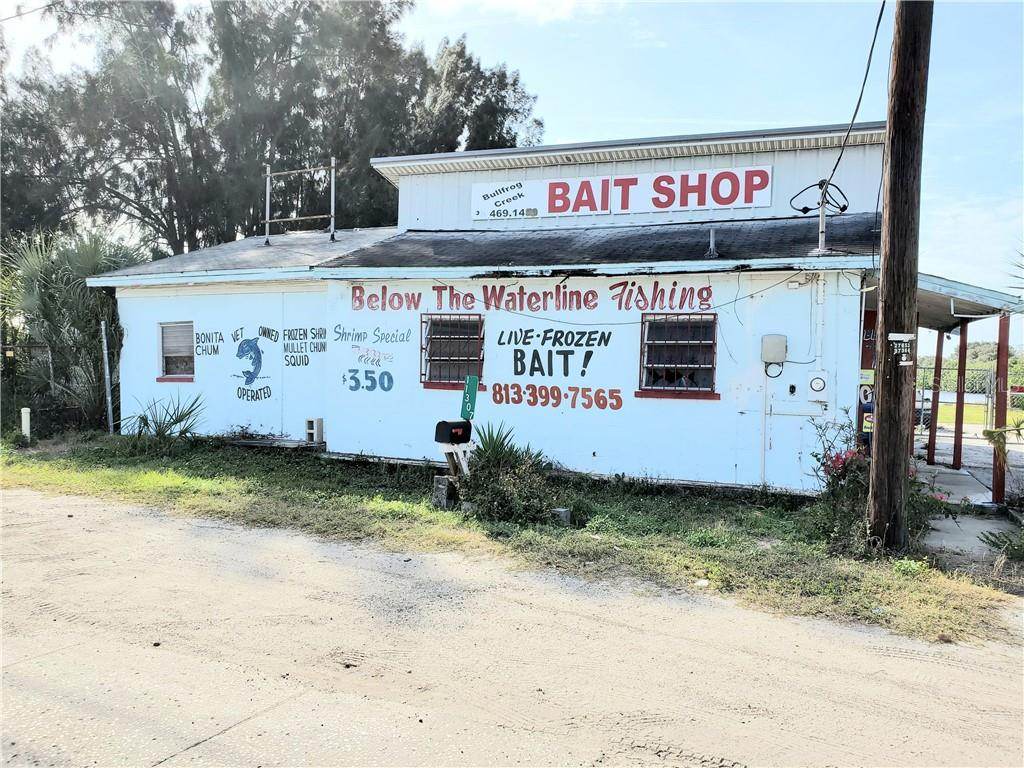 Commercial for sale in 11307 Us Highway 41, Gibsonton, Florida ,33534
