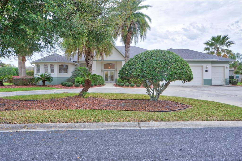 Single Family Home for sale in 1800 Saint James CIRCLE, The Villages, Florida ,32162
