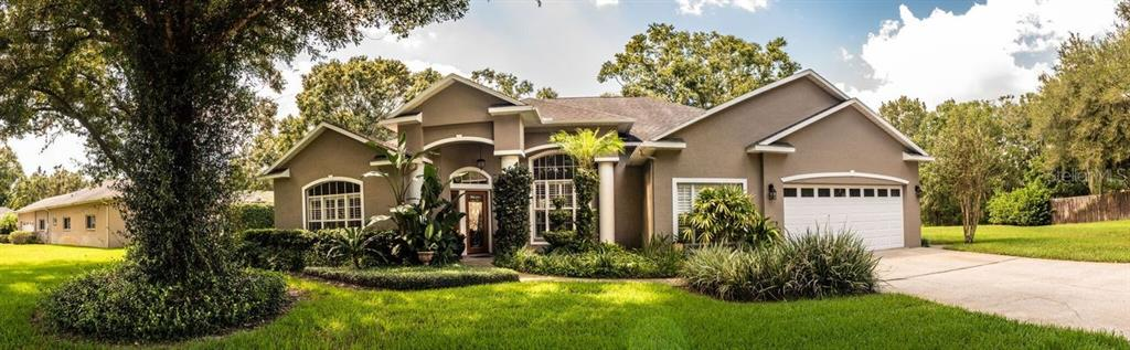 Single Family Home for sale in 803 Brooker Village CIRCLE, Lutz, Florida ,33548