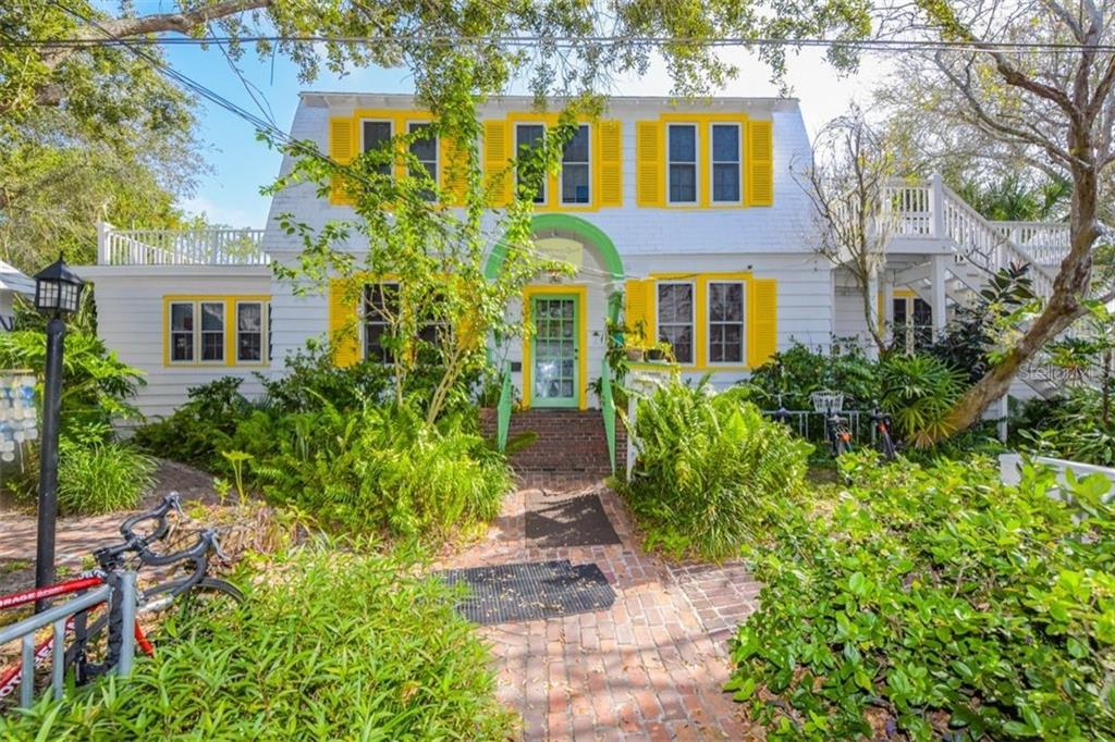 Commercial for lease in 800 Central AVENUE, Sarasota, Florida ,34236