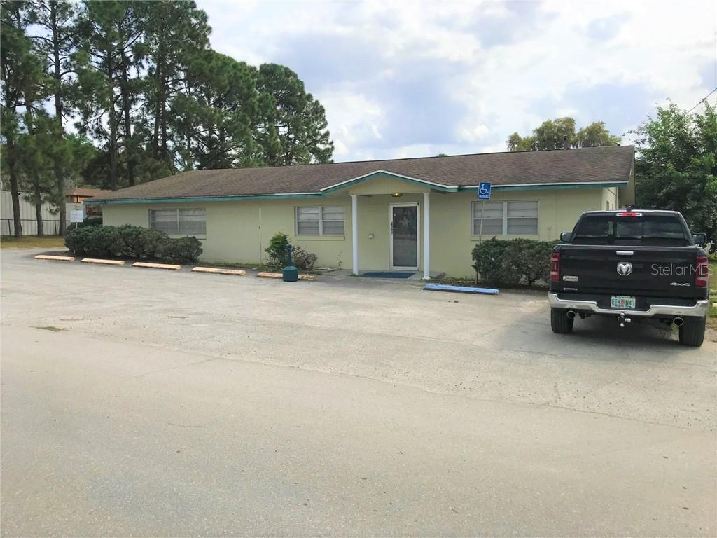 Commercial for lease in 712 Central AVENUE, Coleman, Florida ,33521