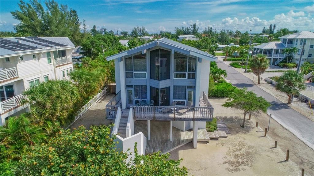 Single Family Home for sale in 202 Fir AVENUE, Anna Maria, Florida ,34216