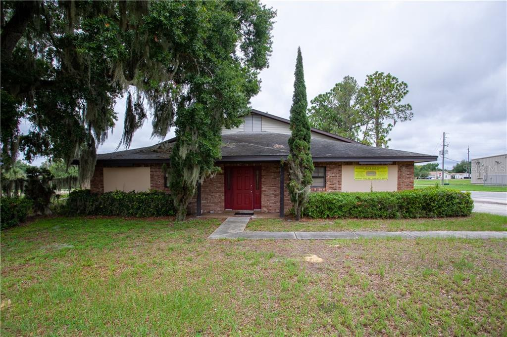 Commercial for sale in 79 5th St, Eagle Lake, Florida ,33839